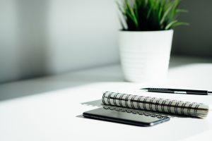 Visuel blog FFPO prestations des professionnels de l'organisation versus services à la personne